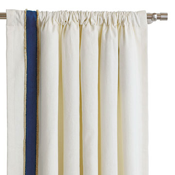 FILLY WHITE CURTAIN PANEL (R)